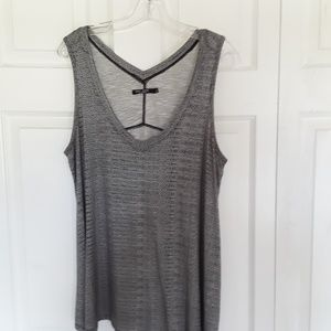 Max Jeans Sleeveless Flowy Tank Top Size Large